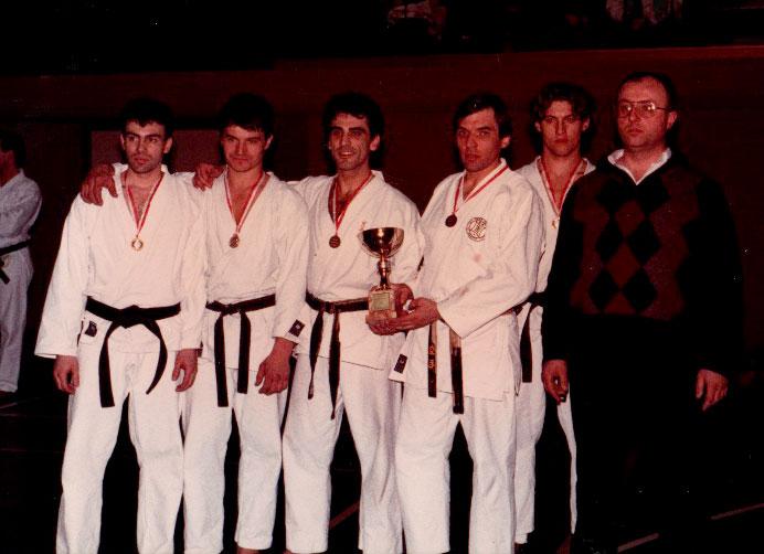 1987-genova-trofeo-internazionale-libertas-rappresentativa-di-verona-secondi-classificati